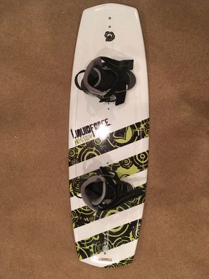 Liquidforce sizes 12T to 15Y wakeboard for Sale in Lorton, VA