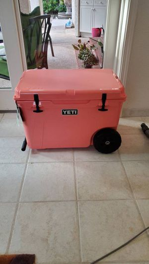Yeti Tundra Haul Hard Cooler With Ice And Extras for Sale in Fredericksburg, TX