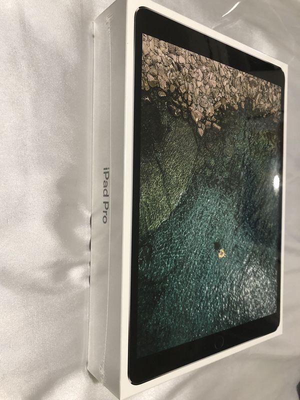 BRAND NEW 10.5-in iPad Pro / Space Grey / 64GB