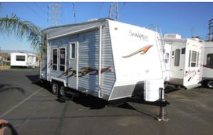 2006 forest river sandpiper sport 21 foot toy hauler for Sale in Moreno Valley, CA