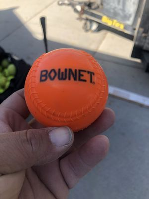 "Bownet 9"" weighted ball (6) for Sale in Pico Rivera, CA"