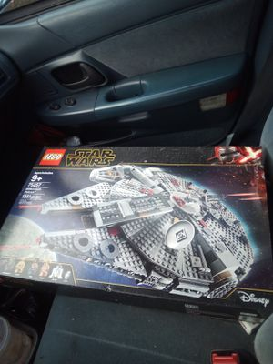 Brand new Star wars millennium falcon Lego set never used still in box for Sale in Renton, WA