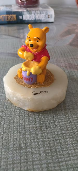 Pooh sculpture onyx base 24 kt gold for Sale in Attleboro, MA