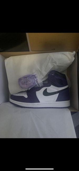 Jordan a Court Purple 2.0 Size 7 for Sale in Northport, AL