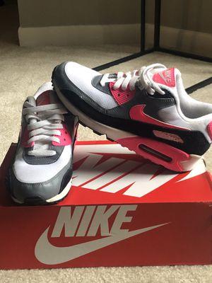 Women's Nike, air max for Sale in Detroit, MI