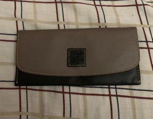 Dooney & Bourke Wallet for Sale in Whittier, CA