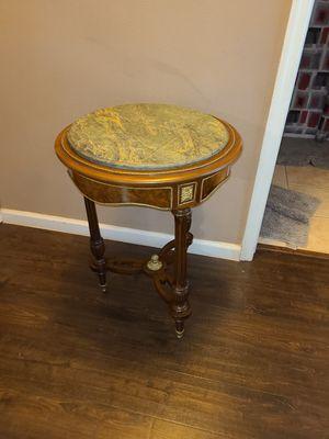 ORMALU ANTIQUE TABLE for Sale in Melbourne, FL