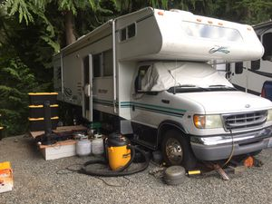 Class C 33 Ft MotorHome Cover for Sale in Monroe, WA