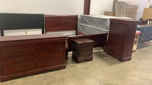 NEW Coaster Louis Phillipe 4-Piece Sleigh Bedroom Set in Cherry for Sale in Hilliard, OH