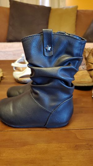 Toddler girl boots for Sale in Los Angeles, CA