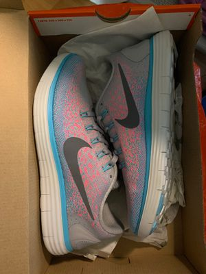 Nike women's running for Sale in Corona, CA
