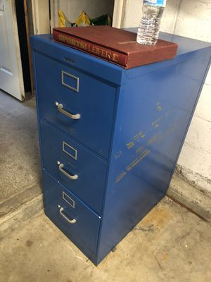 Filing cabinet for Sale in Tacoma, WA