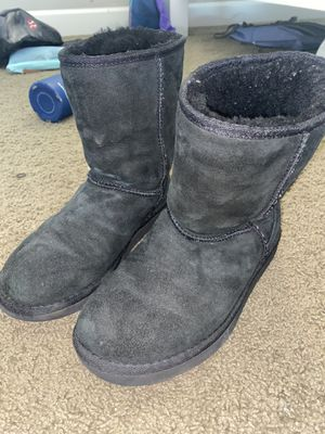Womens Black uggs size 7 for Sale in Chandler, AZ