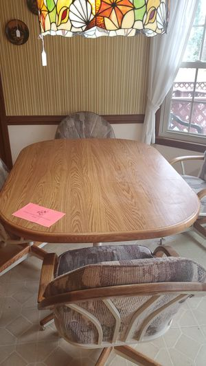 Kitchen table with 4 chairs for Sale in Virginia Beach, VA