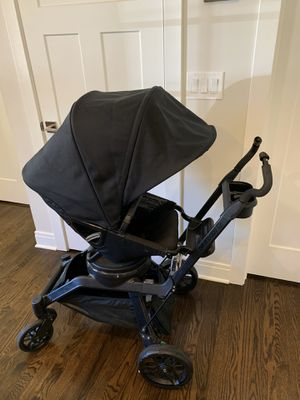 Orbit baby G3 stroller and toddler car seat for Sale in Chicago Ridge, IL