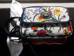 New Gucci Flora Canvas Blue Purse never worn for Sale in Antioch, CA