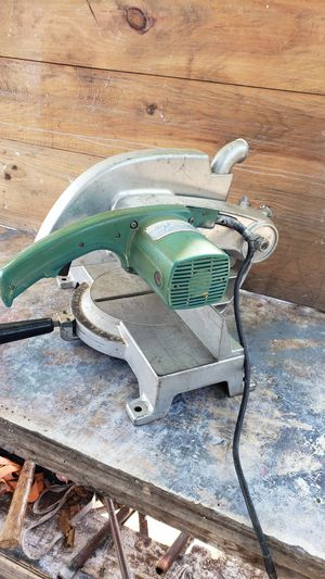 Makita miter saw for Sale in Homestead, FL