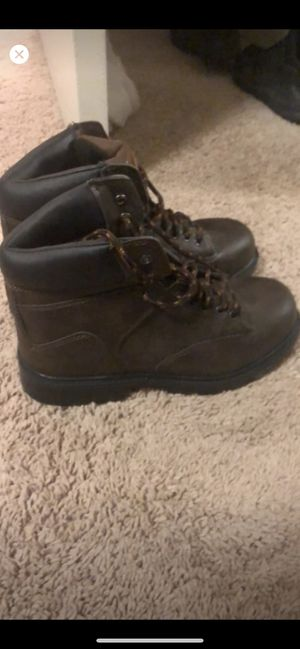 Steel toe work boots for Sale in Leland Grove, IL