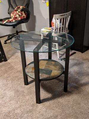 End table for Sale in Kirkland, WA