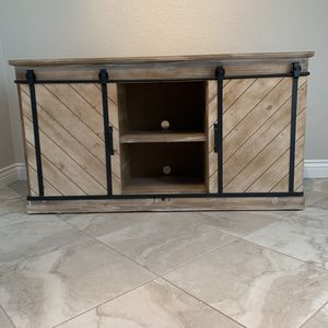 """TV Credenza with Barn Doors - Weathered Wood, 59"""" W x 16"""" D x 32"""" H for Sale in Cape Coral, FL"""