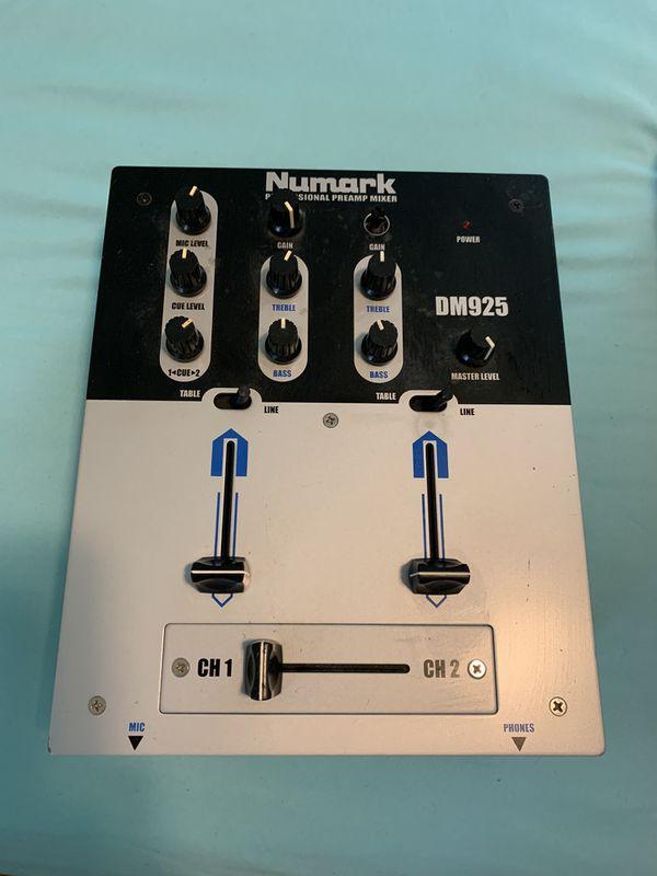 Numark Mixer Dj equipments