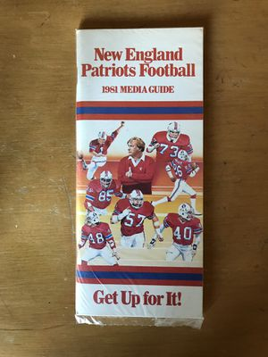 New England Patriots Vintage NFL Media Guides for Sale in Orono, ME
