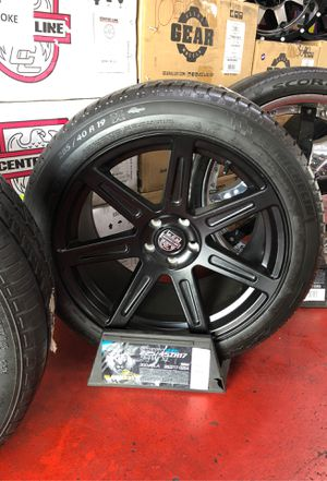 Set of 19x10.5 Satin black rims with new tire 285/40-19 for Sale in Los Angeles, CA