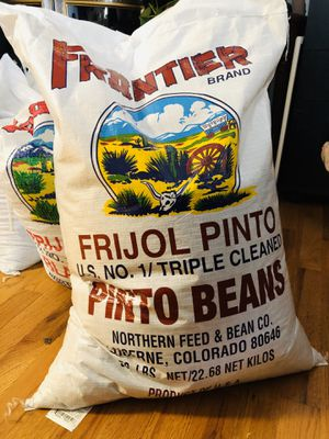 Frijoles pintos y negros nuevo pinto beans & Black beans for Sale in Denver, CO