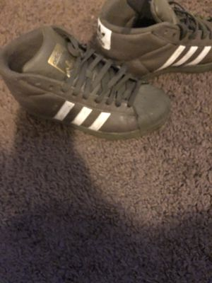 Adidas Olivia green high top for Sale in Detroit, MI