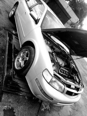 1996 Nissan maxima auto head gasket bad for Sale in Pinellas Park, FL