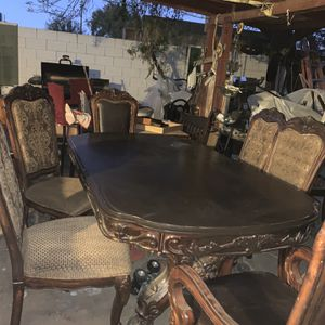 Big Heavy Table 6 Chairs for Sale in Glendale, AZ