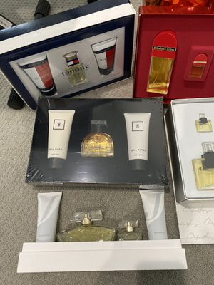 5 perfume pieces lot new for Sale in VA, US