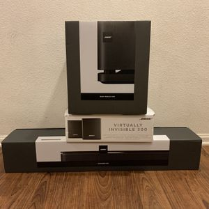 Bose Sounds Bar +subwoofer 500 & Speaker Wireless 300 Open Box for Sale in San Diego, CA