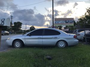 2005 Ford Taurus - cash car for Sale in Houston, TX
