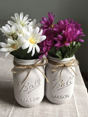 Distressed mason jar vases with flowers included!! Jar/flower choices shown in photos $10 for both for Sale in Plainfield, IL