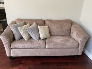 Couch set for Sale in Fontana, CA