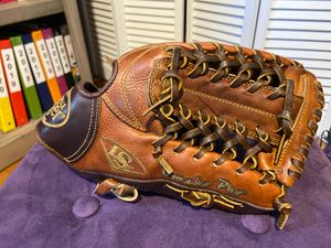 "Louisville Slugger Omaha Pro 11.5"" baseball glove for Sale in Annandale, VA"