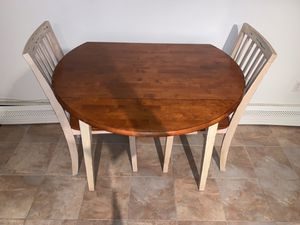 Small kitchen table for Sale in Staten Island, NY