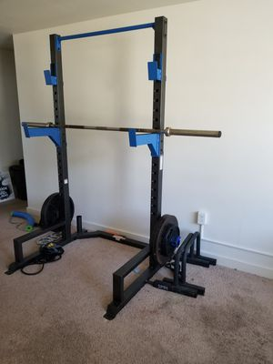 Half rack power rack + 285# Olympic weight set for Sale in Seaford, DE
