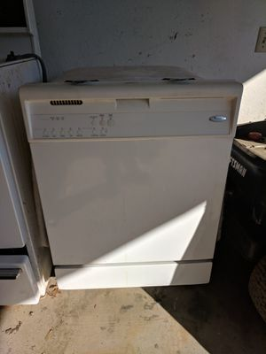 Whirlpool dishwasher for Sale in Willowick, OH