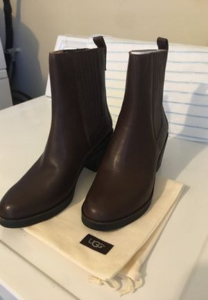 UGG W Camden women's size 9 for Sale in Los Angeles, CA