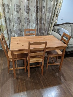 (For Sale) Dining Table with 6 chairs for Sale in Millbrae, CA