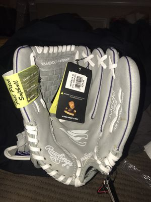 Rawlings youth softball glove 12in for Sale in Fort Worth, TX