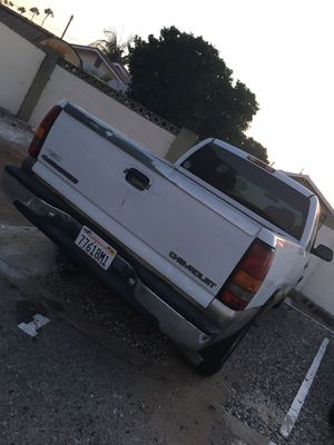 2000 Chevy Silverado for Sale in Los Angeles, CA