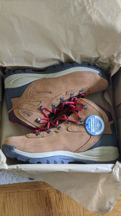 Columbia womens hiking boots for Sale in Rockville,  MD