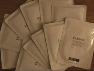 New Elemis Neck and Jowl Face Mask (11) for Sale in Scottsdale, AZ