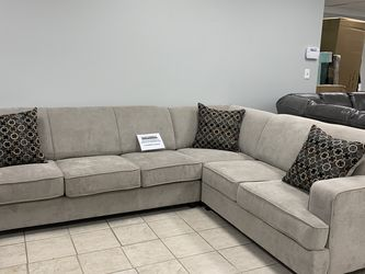 Light Grey Sleeper Sectional On Sale! for Sale in Irving,  TX