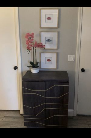 Modern Bar or side console table for Sale in Stockton, CA