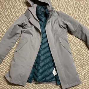 Patagonia Tres 3-in-1 Parka Medium for Sale in Seattle, WA