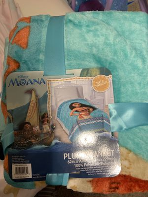 Blankets.. Moana & Elsa for Sale in Oak Lawn, IL